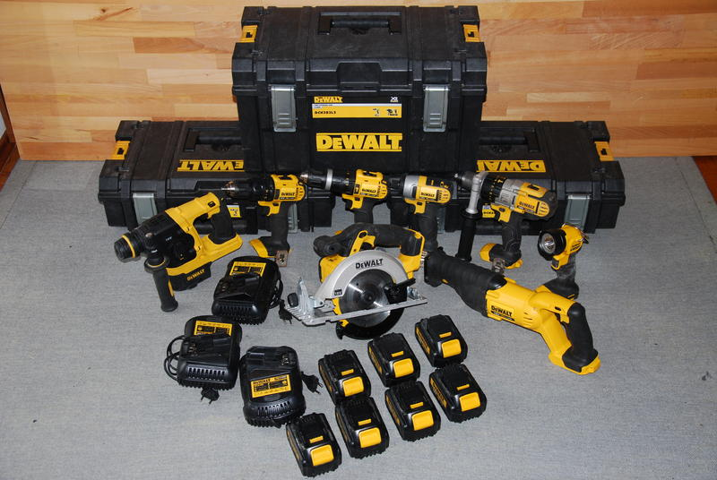 das offroad forum dewalt 18v lithium ionen akku set. Black Bedroom Furniture Sets. Home Design Ideas