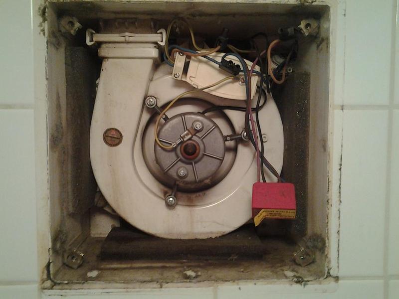 Das Offroad Forum: Badezimmer Lüfter macht Probleme -.-