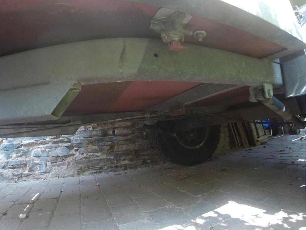 Das Offroad Forum: Umbau vom 110ner Pickup zum 110 HT Wohnmobil