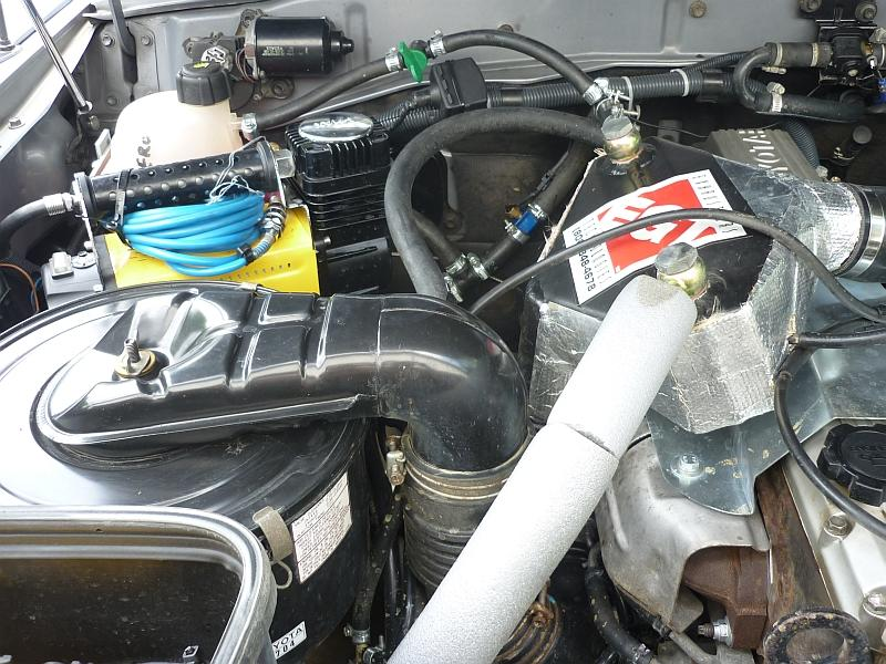 das offroad forum festeinbau t max kompressor im motorraum. Black Bedroom Furniture Sets. Home Design Ideas