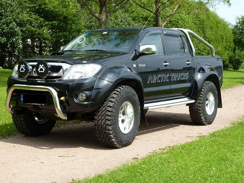 das offroad forum toyota hilux arctic trucks at37. Black Bedroom Furniture Sets. Home Design Ideas